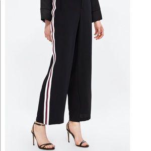 NWT Zara JOGGING PANTS WITH SIDE STRIPES in Women